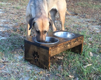10 inch with 2 Qt bowls. Elevated Dog Feeder - Raised Dog Feeder - Dog Bowl - Rustic Dog Bowl Feeder
