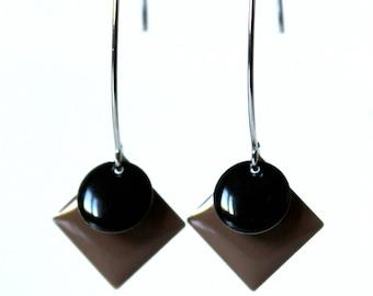 Brown and black enameled sequin earrings