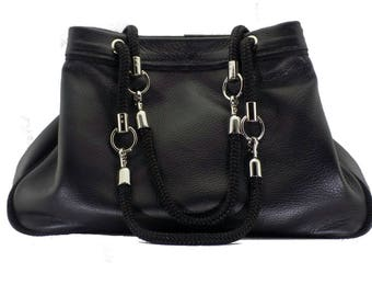 The Basket (black leather)