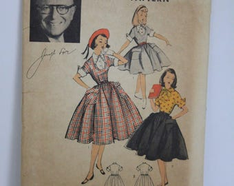Advance Girls Dress Sewing Pattern #6495 from 40's or 50's size 10