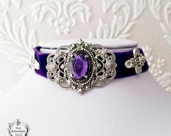 Purple velvet victorian gothic choker with amethyst gem-Victorian gothic jewelry-Victorian gothic velvet choker-Choker