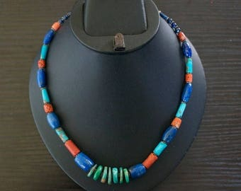 ON SALE Elegant TURQUOISE Coral Lapis Lazuli Silver Necklace