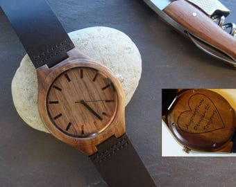 Engraved men wood watch, black leather bracelet for a personalized watch