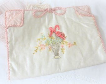 Vintage French Silk Satin Lingerie Bag / Bridal Lingerie Bag / Handkerchief Pouch, Hand Embroidered
