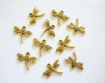 10 charms Dragonfly gold Antique 17 x 15 mm