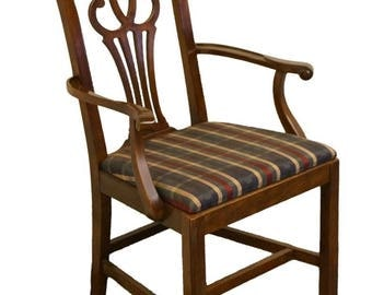 DREXEL HERITAGE Mahogany Chippendale Style Dining Arm Chair