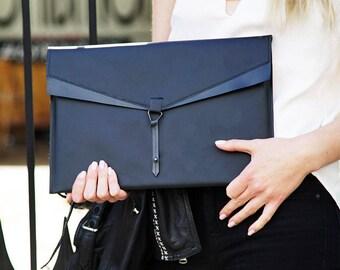 Vegan Leather Case • Waterproof Laptop Sleeve • Macbook Sleeve • Waterproof Laptop Case •Vegan Laptop•Laptop Sleeve•Macbook Cover•Vegan Case