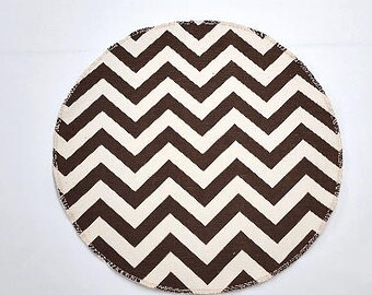RTS, Set of 4 round placemats, zigzag brown natural zigzag chevron, place mats or wedding centerpiece