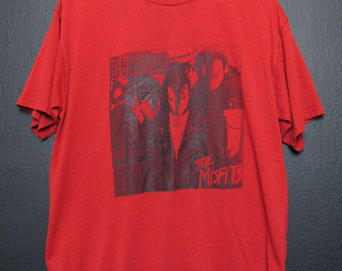 Misfits beware vintage Tshirt
