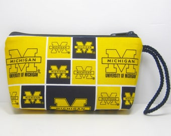 Michigan Wolverines Wallet-Wristlet-Pouch