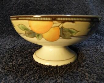 Mikasa Garden Harvest Sherbet Footed Dessert Bowl Crudite Intaglio CAC29 EXCELLENT!