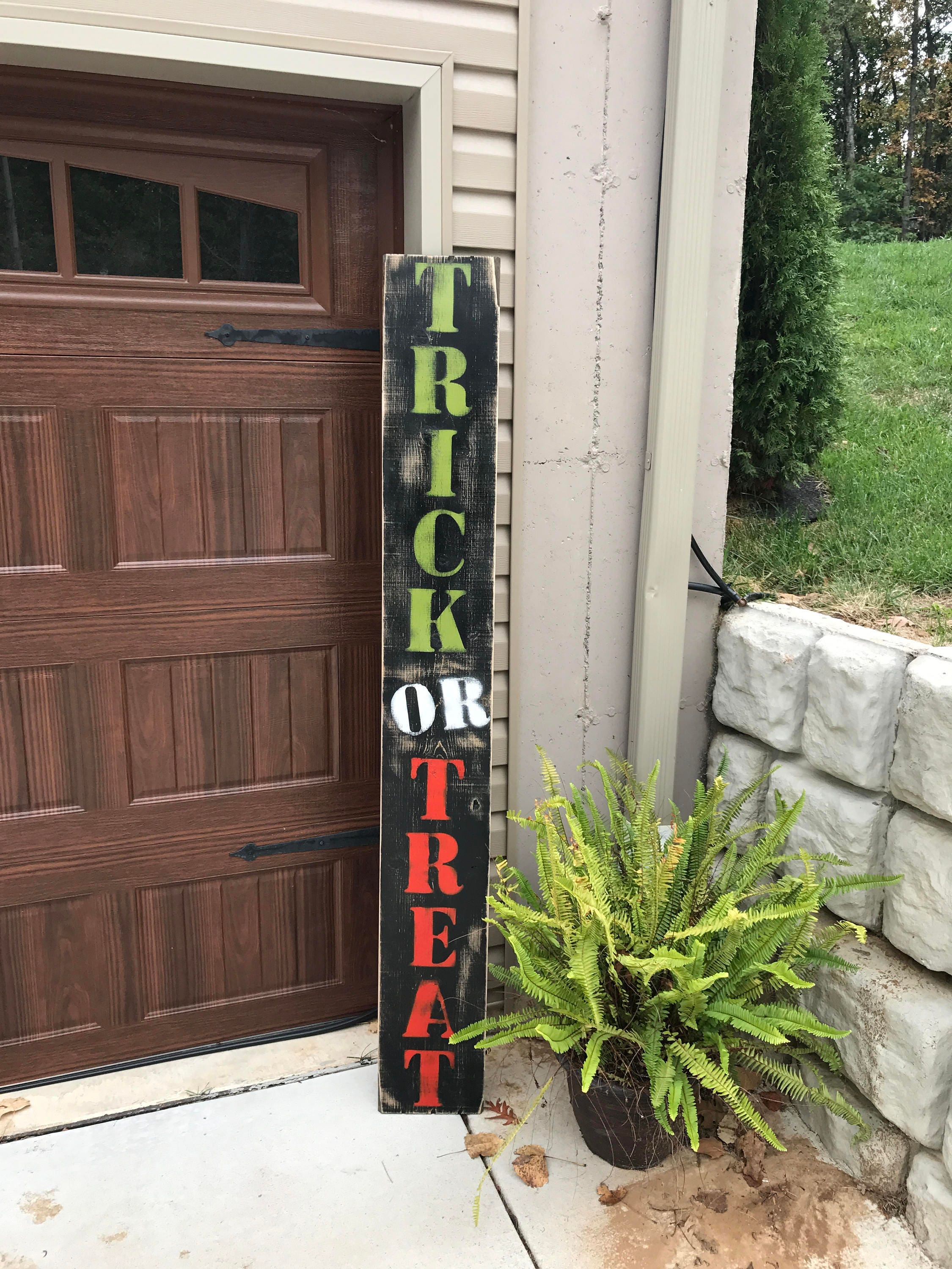 Halloween Sign, Halloween Porch Sign, Trick Or Treat sign, Trick Or Treat  Porch Sign, Halloween Decor, Halloween Decorations, Halloween