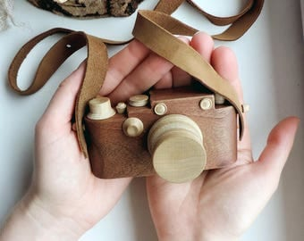 Wooden Toy Camera, Handcrafted wood toy, Nursery decor, Eco-friendly Baby Toy, Montessori, Handmade organic wooden toy camera