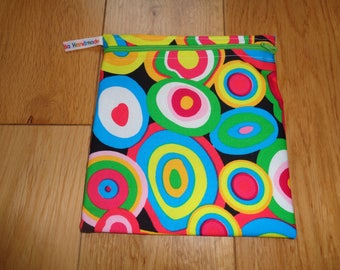 Snack Bag - Bikini Bag - Lunch Bag  - Zero Waste Medium Poppins Waterproof Lined Zip Pouch - Sandwich bag - Eco - Gobstopper Bright Circle