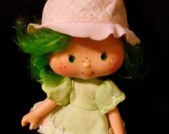 Vintage 1980s Strawberry SHORTCAKE Lime Chiffon Doll!!