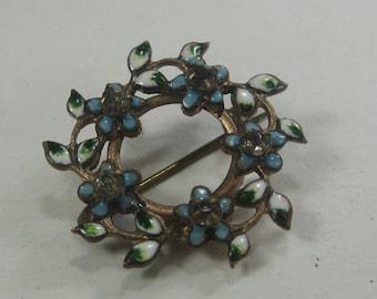 J-24 Vintage Brooch  Costume Jewelry