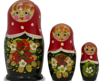 "3.5"" Set of 3 Red and Black Dress Matryoshka Russian Nesting Dolls"