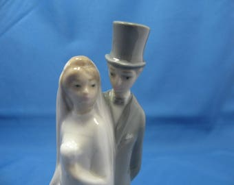 Lladro Nao Porcelain Just Married Wedding Couple