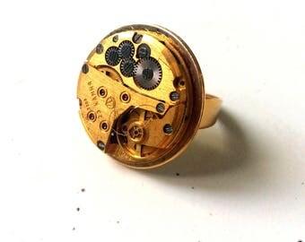 Steampunk ring Golden clock movement
