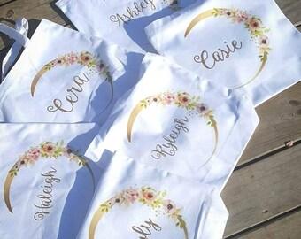 Bridesmaids bags - bridesmaids totes - bridesmaids gift bags - bridesmaids half moon bags - bridesmaids monogram bag