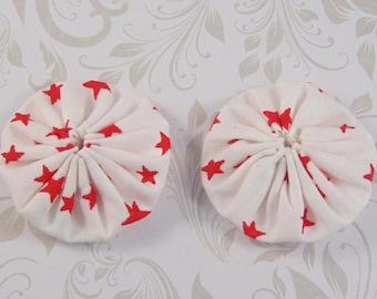 x 2 40mm fabric white stars fabric yoyos lot29 Red
