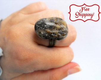Organic stone ring eco friendly ring rock ring beach wedding ring bohemian stone rings natural pebble jewelry zen ring natural rock ring