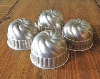 Set of 4 Round Aluminum Mini Bundt Pans Round Metal Tin Bakeware Baking Jello Mousse Desert Cottage Chic MidCentury Mid Century Cookware