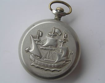 MOLNIJA ussr Pocket watch MOLNIA SHIP 18 jewels!  - Serviced