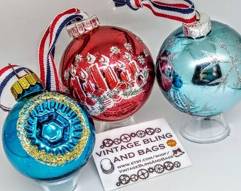 3 x 46-57mm Vintage baubles, vintage bauble, vintage baubles, Christmas baubles, bauble decoration, vintage red bauble, vintage blue bauble