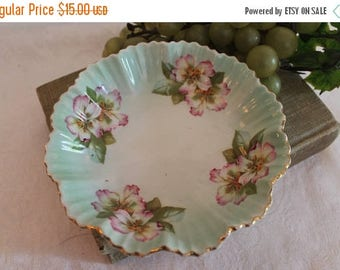"""SALE Antique M.Z. Austrian Hand Painted 6"""" Ruffled Green Bowl with Purple and White Flowers"""