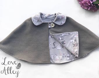 Childrens Winter Cape/Poncho Size 00 (6-9 month)