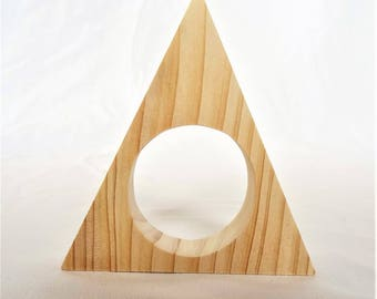 """CIRCLE of NAPKINS in natural wood, spruce, multi-bois, Douglas fir or natural Robinia """"TRIANGLE"""" with round Center table decoration"""