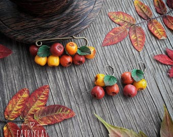 Polymer clay jewelry set with hawthorn, gift idea, beautiful jewelry, clay berries, handmade polymer clay earrings brooch, gift for her.