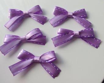 5 flower applique purple satin bow has polka dots