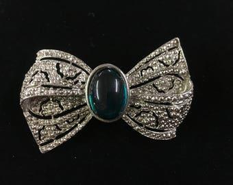 Vintage Bow tie Brooch, Silvertone, Green Glass Like Bead