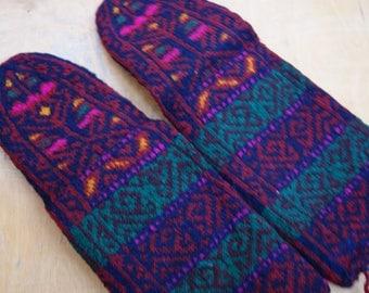 Fabulous hand knitted traditional warm women socks sturdy 100 % wool hosery socks from Caucasus