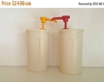 Vintage Tupperware Ketchup and Mustard Dispensers - Super Kitsch - Camping, Barbecue BBQ
