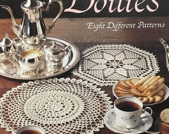Elegant Crocheted Doilies Leaflet no.972 by Leisure Arts - 8 different patterns, 10 pages