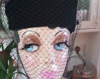1930s /40s pillar box hat with stunning black veil white feathers to the sides
