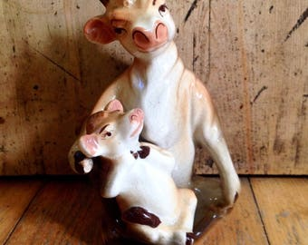 Moma cow and baby calf nesting salt and pepper shakers, vintage collectible