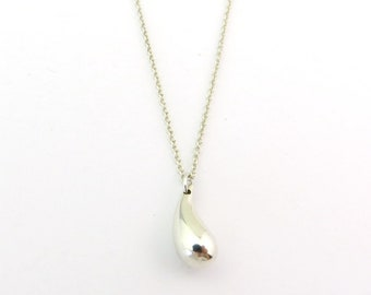 Authentic Tiffany & Co Sterling Silver Elsa Peretti Teardrop Pendant Necklace