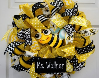 Bumble Bee Wreath Mini Bumblebee