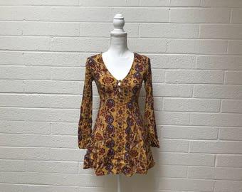 Vintage 90's Yellow Gold Paisley Long Sleeve Mini Summer Dress - Small