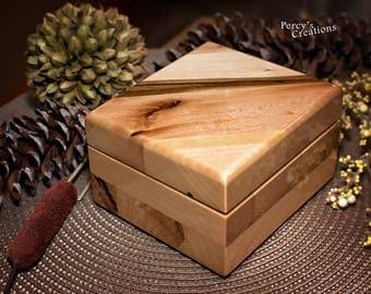 Reclaimed Wood Box, Boho Jewelry Box, Wooden Treasury Box, Hinged Box, Natural Wood Box, Small Wood Box, Wood Memory Box, Reclaimed Box
