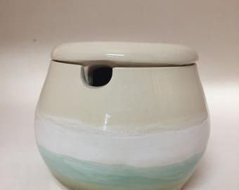 Beach sugar pot