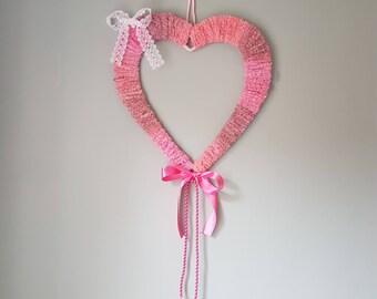 Heart hanging woven wreath Pink