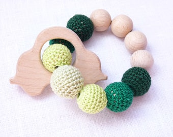 Green car teether / Green teething bracelet / wooden car teether / ECOfriendly teether / Boy teething ring / shower party gift