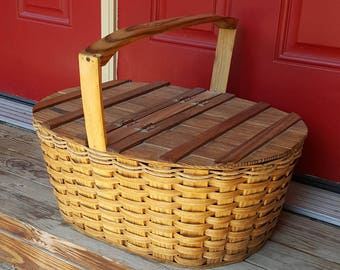 RUSTIC PICNIC BASKET Vintage Picnic Hamper Unique Basket with Lid French Farmhouse Country Cottage Decor Hinged Lid Storage Basket