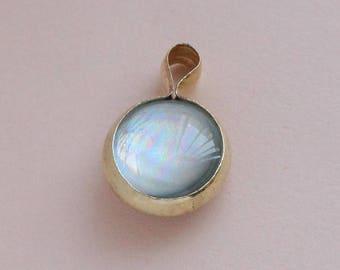 Aurora caught in a Circle pendant