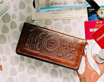 MARS Women Wallet Carved Wallet Women's Genuine Leather Wallet Card Brown  Free Shipping GIFT Handmade Dark Brown Bi fold Wallet  IBA0099